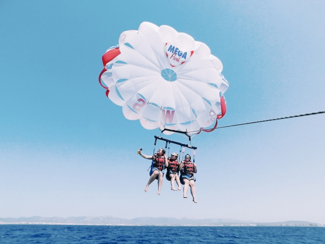 parasailing I