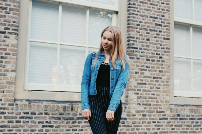 outfit denim and stripes IV