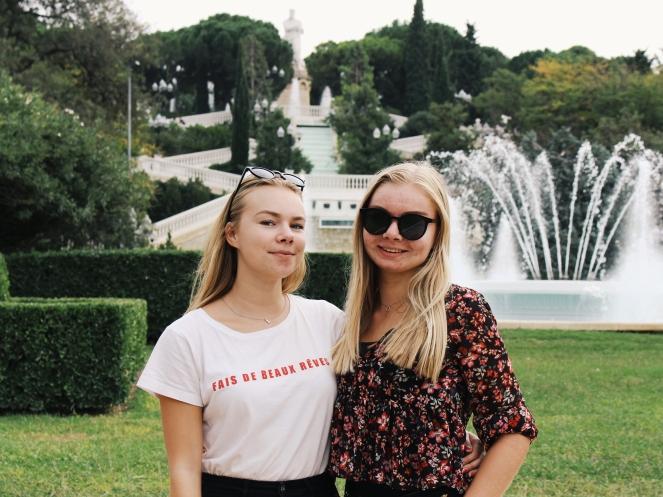 sisters in Zaragoza